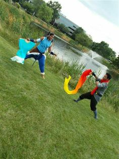 ANext 2012 Avatar: Legend of Korra cosplayers. Firebending and waterbending exercices. X3
