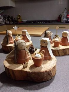 Wooden cone dolls Mary, Joseph and baby Jesus Peg doll nativ.- Wooden cone dolls Mary, Joseph and baby Jesus Peg doll nativity family – Home Page - Christmas Crafts For Kids, Homemade Christmas, Diy Christmas Gifts, Rustic Christmas, Christmas Projects, Winter Christmas, Holiday Crafts, Christmas Holidays, Christmas Decorations