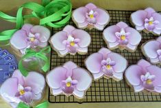 Orchid cookies