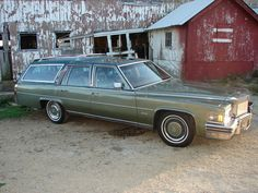 1978 Cadillac Fleetwood station wagon Maintenance/restoration of old/vintage vehicles: the material for new cogs/casters/gears/pads could be cast polyamide which I (Cast polyamide) can produce. My contact: tatjana.alic@windowslive.com