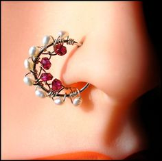 Sterling Nose Nath in Mini - Rhyolite Garnet and Pearl Catchless Nose Ring