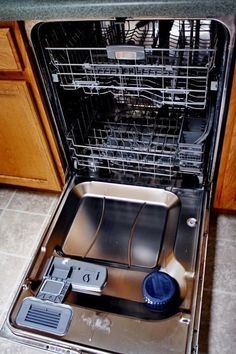 Eggs & others foods can cause strange things to happen when they get wet. And if you wonder why does my dishwasher smell like wet dog? Small Dishwasher, Dishwasher Pods, Cleaning Your Dishwasher, Dishwasher Detergent, Cleaning Solutions, Cleaning Hacks, How To Clean Rust