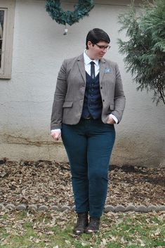 9 Plus Size Cuties Share Tips For Androgynous Style — Qwear Butch Fashion, Queer Fashion, Tomboy Fashion, Fashion Tips, Girl Fashion, 9 Plus, Mode Plus, Androgynous Women, Androgynous Style