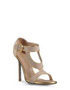 Oggi vi mostriamo la collezione di scarpe primavera-estate 2013 by Sergio  Rossi. Sergio af5bebabe1d