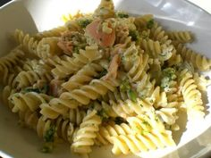 Salmon Pasta Salad Recipe - 6 Point Value - LaaLoosh uses canned salmon quick and easy summer dish