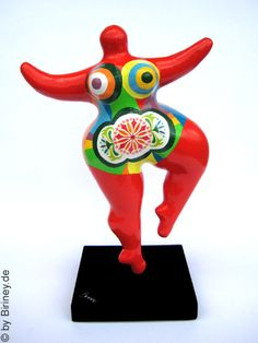 Female abundance by Niki de Saint Phalle