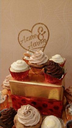 DIY cricut cut cupcake topper. Gold glitter cake topper.