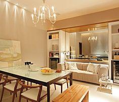 Resultado de imagem para sala de jantar decorada com espelho