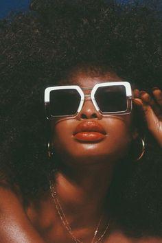 🍒Hot Stuff🍒 for Black Girl Aesthetic, Brown Aesthetic, Spring Aesthetic, Beautiful Black Girl, Beautiful Women, Beautiful Life, Sunglasses For Your Face Shape, V Model, Eyewear Trends