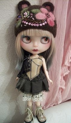 Harper.... by simplychictiques, via Flickr THIS HAT