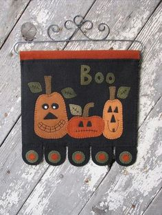 Cats in the Patch - Wooden Spool Designs Fall Applique, Wool Applique Patterns, Felt Patterns, Applique Ideas, Applique Quilts, Print Patterns, Halloween Quilts, Halloween Crafts, Halloween Ornaments