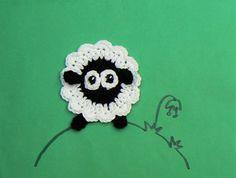Crochet applique pattern crochet sheep by TheLazyHobbyhopper Crochet Sheep, Crochet Animals, Crochet Hats, Crochet Motifs, Crochet Stitches Patterns, Applique Patterns, Motifs Animal, Crochet Headband Pattern, Crochet Hook Sizes