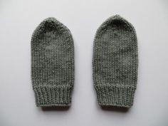 wantjes breien wanten breien kinderhandschoenen breien Crochet Baby Hats, Baby Blanket Crochet, Hand Crochet, Crochet Hooks, Knitted Hats, Knit Crochet, Crochet Patterns For Beginners, Baby Knitting Patterns, Brei Baby