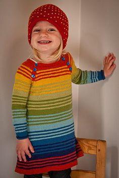 Nova Dress By Signe Strømgaard - Free Knitted Pattern - (ravelry) Knitting For Kids, Crochet For Kids, Knitting Projects, Baby Knitting, Crochet Baby, Knit Crochet, Knit Baby Dress, Baby Cardigan, Baby Patterns