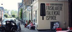 """Blog """"A Guide to Copenhagen"""" (Here: Hviids Is: Ice cream sticks with love from Italy)"""