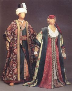 """Costume for Andronico and Asteria, Act I, Handel's opera, """"Tamerlano"""", 1995 Glimmerglass production, designed by theatrical designer, Judy Levin. """"Inspired by"""", NOT period clothing."""