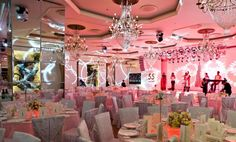 Planning a big celebration? Unleash your imagination and bring your brightest ideas to life. Leave the rest to us.