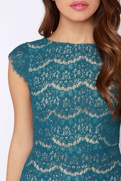 Eyelash lace tight-fitting slim dress