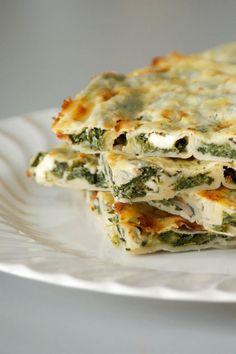 Spinach & Feta Borek with Olives, Mushrooms & Homemade Filo Pastry - best ever börek!! ramsonsandbramble.com