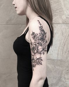 Tattoos, Flowers, Instagram, Tatuajes, Tattoo, Japanese Tattoos, Tattoo Illustration, Royal Icing Flowers, Flower