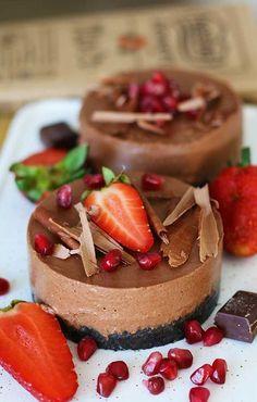 Vegan Chocolate Cheesecake | Posted By: DebbieNet.com