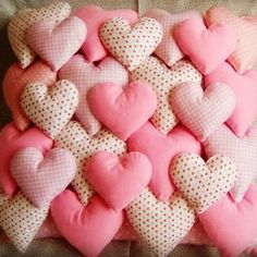 Sewing Art, Sewing Crafts, Sewing Projects, Baby Sewing, Bed Cover Design, Cushion Cover Designs, Cute Pillows, Baby Pillows, Pillow Crafts