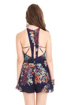 Macaquinho detalhe costas estampa pasley | Dress to
