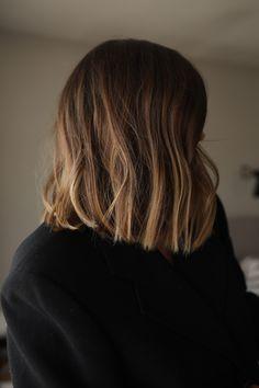 Balayage Lob, Lob Ombre, Short Blunt Hair, Medium Hair Styles, Short Hair Styles, Hair Color And Cut, Brunette Hair, Great Hair, Hair Dos