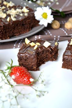 Brownies Sains, Desserts, Food, Code Promo, Pin, Voici, Healthy Eating Recipes, Sweet Recipes, Cooking Recipes