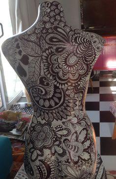 Zentangled mannequin. Back view