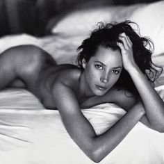 Celebrity photography by Sante D'Orazio: Christy Turlington in the featured in Christie's auction in spring of Celebrity Photography, Boudoir Photography, Portrait Photography, Fashion Photography, Beauty Photography, White Photography, Christy Turlington, Beautiful People, Beautiful Women