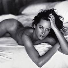 Christy Turlington photographed by Sante D'Orazio, 2005. Makeup by Pati Dubroff.
