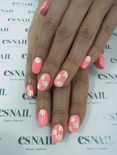 girly flower nails-love everything about that sentence