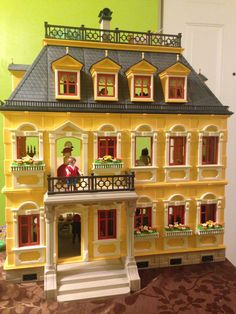 47 best Playmobil Dollhouse images on Pinterest | Doll houses ...