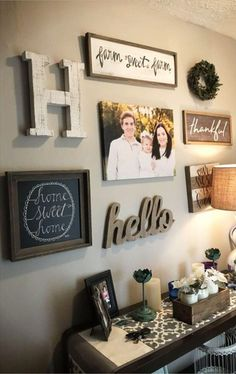 Gallery wall ideas for foyer or entryway - beautiful diy farmhouse gallery wall idea