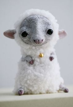 sheep by da-bu-di-bu-da on DeviantArt Magical Creatures, Fantasy Creatures, Felt Animals, Cute Animals, Paperclay, Designer Toys, Soft Sculpture, Felt Art, Cute Dolls