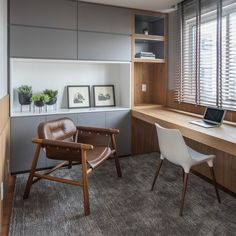 I really love this marvelous home office with couch Modern Home Offices, Small Home Offices, Home Office Space, Home Office Decor, Office Interior Design, Office Interiors, Workspace Design, Interior Colors, Interior Garden