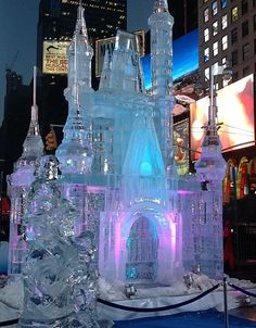 Cinderella Castle ice sculpture Its a snow wedding, gotta have an ice sculpture Snow Sculptures, Sculpture Art, Metal Sculptures, Abstract Sculpture, Bronze Sculpture, Ice Sculpture Wedding, Ice Art, Ice Castles, Snow Art