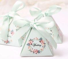 Творческий Цветочные Треугольной Пирамиды Свадебные Сувениры Конфеты Коробки Розовый/Фиолетовый/Синий Свадебный Душ Партии Бумага Подарочная Коробка 100 шт./лот