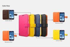 La carcasa  IlIuzion para Samsung Galaxy S3, simula un folio con disposiciones interiores para tarjetas. La tapa tiene una ranura para el altavoz y un recorte del auricular, permitiendo así, que los usuarios hablar por teléfono incluso cuando la cubierta superior está cerrada. Colores disponibles: Negro, azul, amarillo y fucsia.
