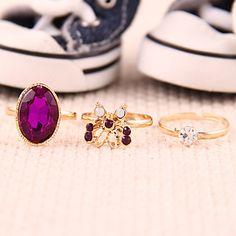 Women's  Retro Mysterious Purple Butterfly Diamond Gem Three-Pieces Ring – USD $ 1.19