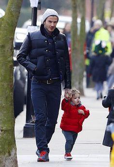 David Beckham and daughter Harper take a walk in London - Babyrazzi
