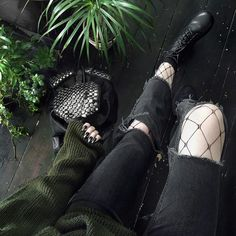 8,513 Likes, 10 Comments - OUTFIT GOALS (@vannoutfits) on Instagram