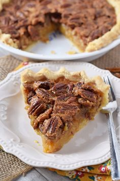 How to make the best classic pecan pie recipe. Easy, old-fashioned, southern dessert with a gooey filling and homemade crust. Perfect for Thanksgiving! Thanksgiving Desserts Easy, Great Desserts, Fall Desserts, Thanksgiving 2017, Christmas Desserts, Christmas Time, Pie Recipes, Fall Recipes, Holiday Recipes