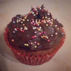 Nutella cupcakes with chocolate ganache