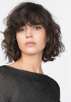 Short Wavy Hair with Side Bangs 2018