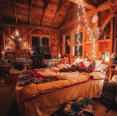 Cabin Homes, Log Homes, Tiny Homes, Cozy Cabin, Cozy House, Dream Rooms, Dream Bedroom, Room Ideas Bedroom, Bedroom Decor