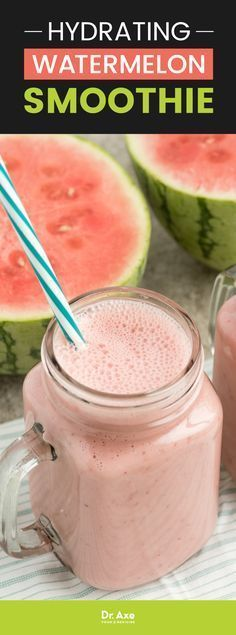 Hydrating Watermelon Smoothie Recipe with Strawberries and Banana Feeling dehydrated? Try this fresh, sweet and thirst-quenching watermelon smoothie that can help boost your energy levels and promote detoxification. Watermelon Smoothie Recipes, Raspberry Smoothie, Apple Smoothies, Juice Smoothie, Smoothie Drinks, Breakfast Smoothies, Healthy Smoothies, Healthy Drinks, Healthy Snacks