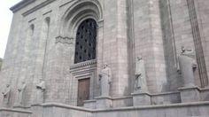 Erevan/Մատենադարան