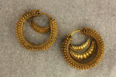 Earrings. 4th Century B.C. Gold.  GNM, Simon Janashia Museum of Georgia.